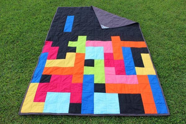 tetris quilt back